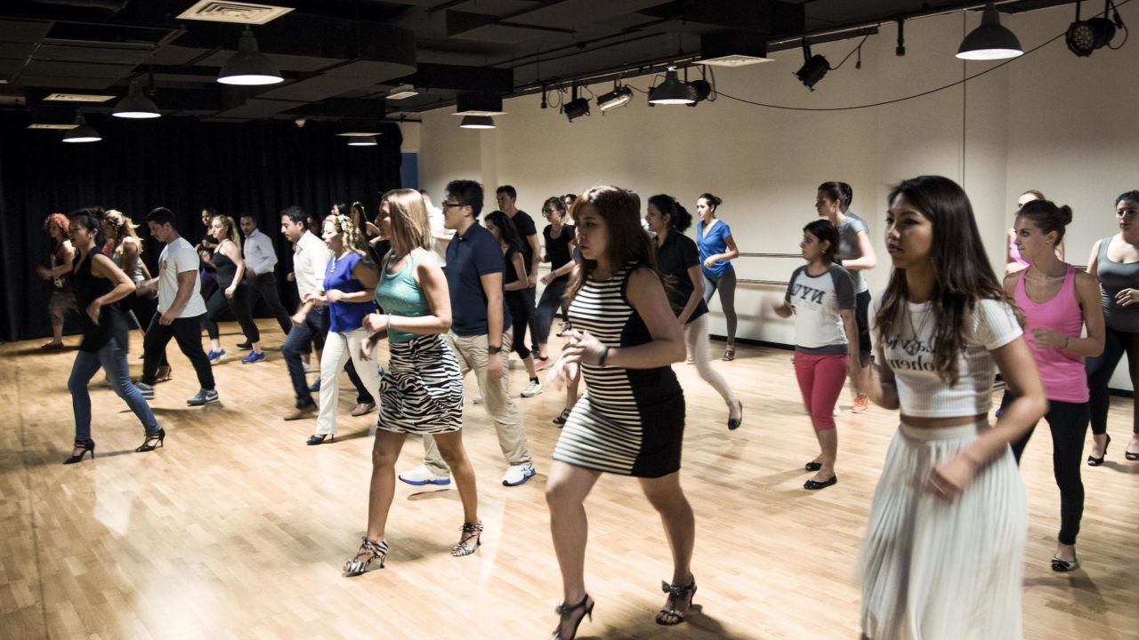 https://www.livehealthymag.com/wp-content/uploads/2018/08/James-Alex-Dance-Class-in-action-1-1280x720.jpg