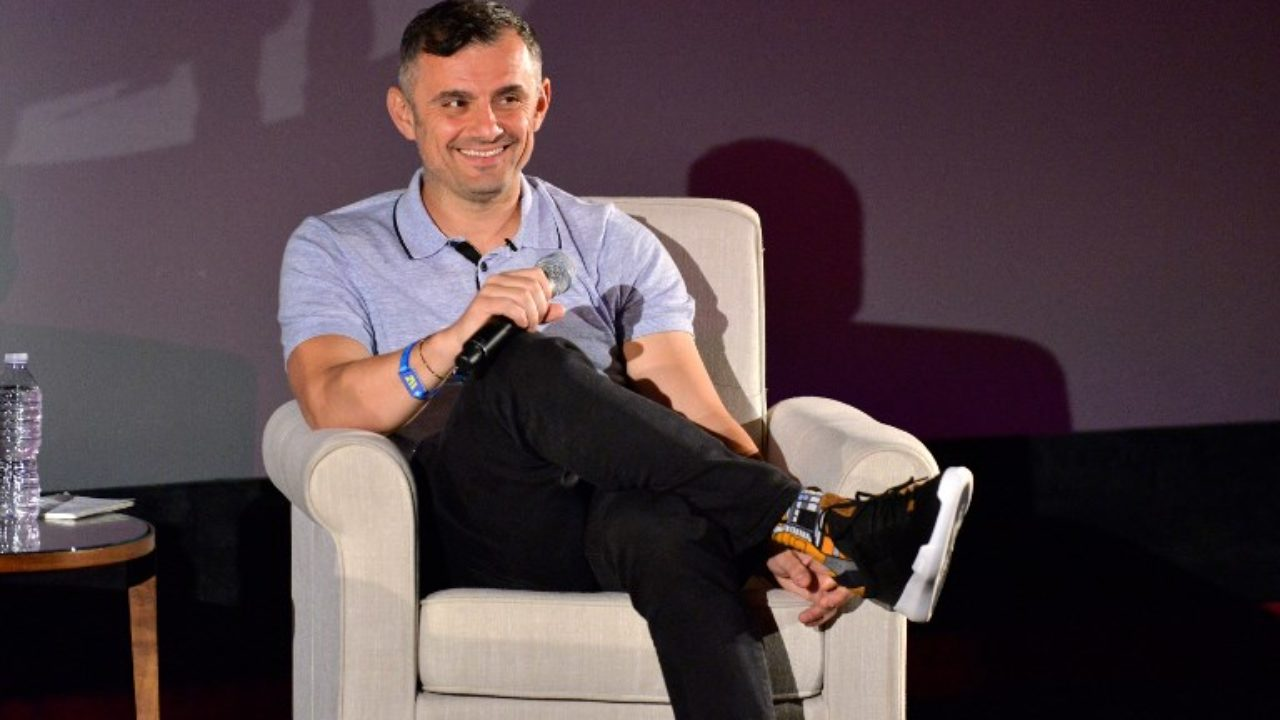 https://livehealthy.ae/wp-content/uploads/2018/12/Gary-Vaynerchuk-Sharjah-1280x720.jpg
