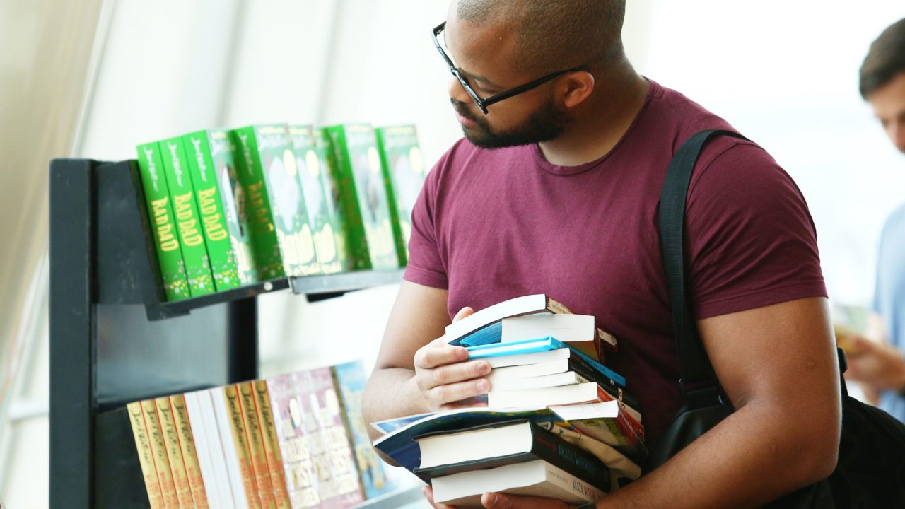 https://www.livehealthymag.com/wp-content/uploads/2020/01/Emirates-Airline-Festival-of-LIterature-1280x720.jpg