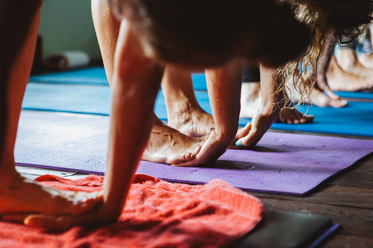 Your good manners guide to yoga class