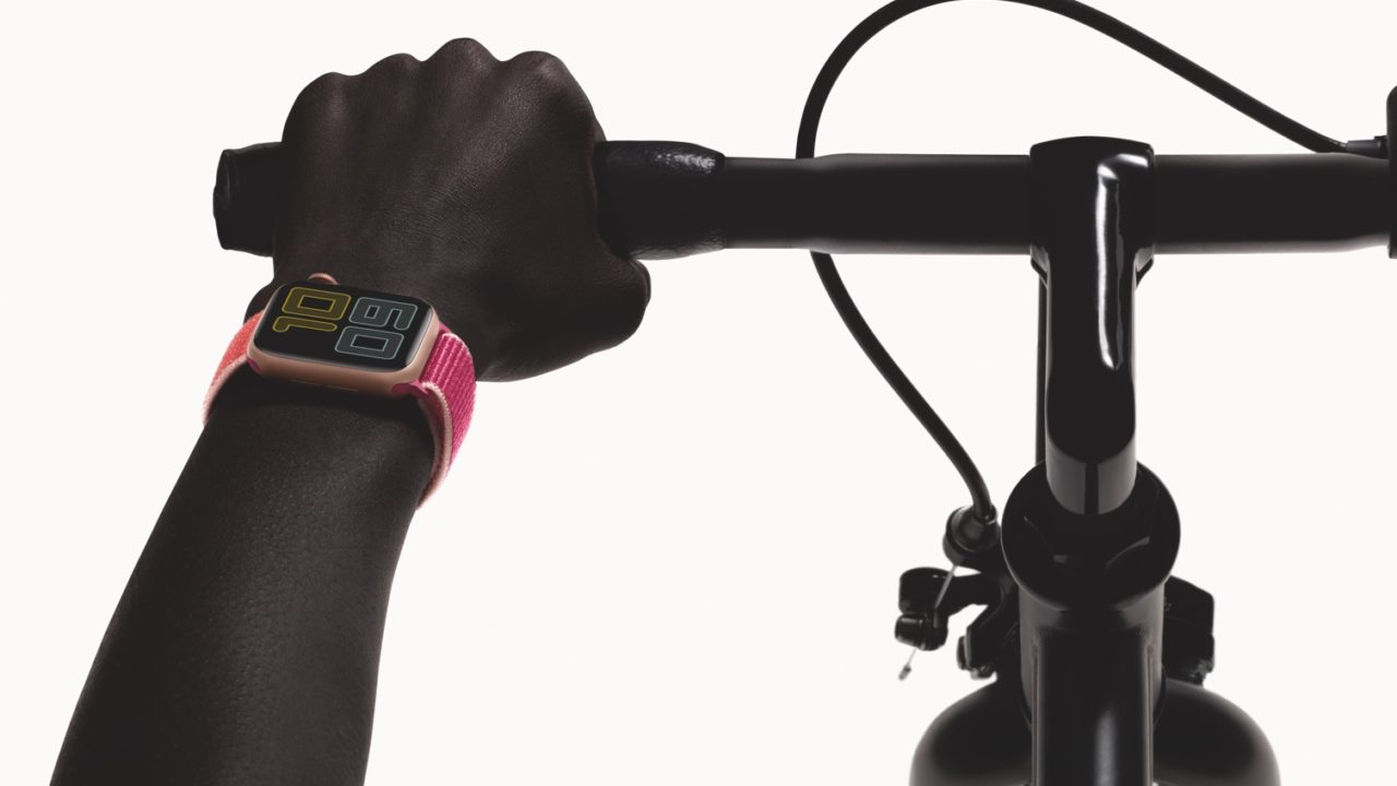 https://livehealthy.ae/wp-content/uploads/2020/05/AppleWatch-Series5_Bike-Landscape_PR_PRINT-e1588677843761-1280x720.jpg