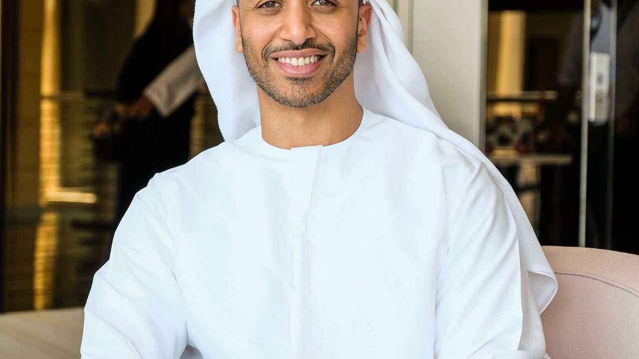 https://www.livehealthymag.com/wp-content/uploads/2020/05/Omar-Al-Busaidy-Emirati-entrepreneur-and-author-will-discuss-ways-of-dealing-with-challenges-and-his-books-1280x720.jpg