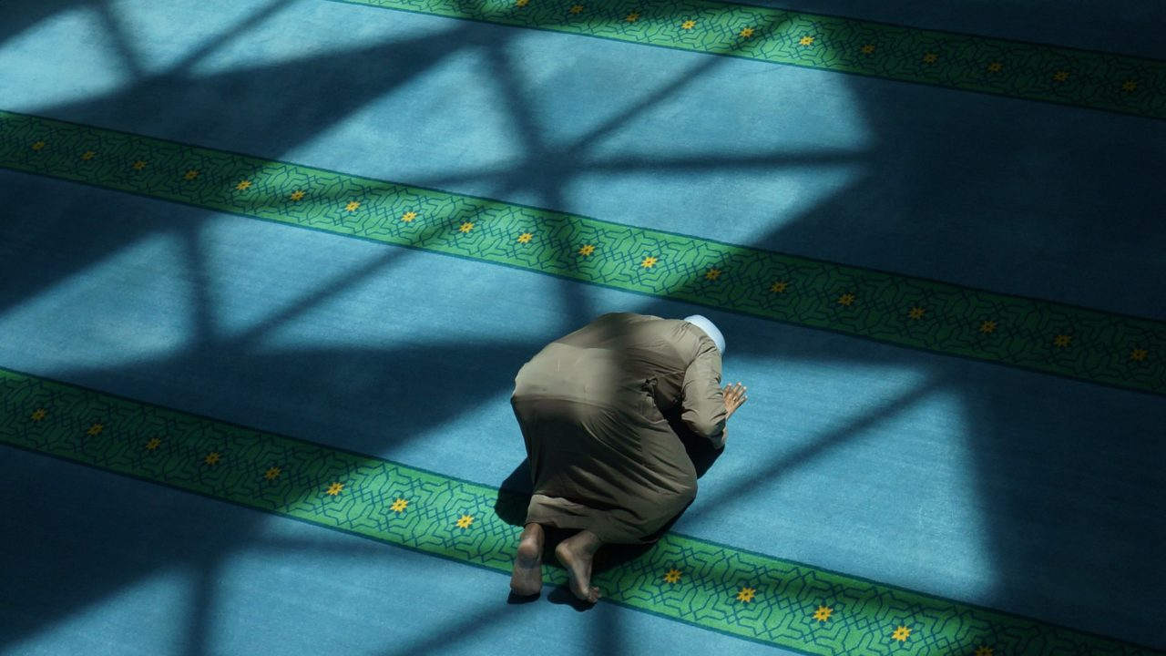 https://livehealthy.ae/wp-content/uploads/2020/07/mosques-1280x720.jpg