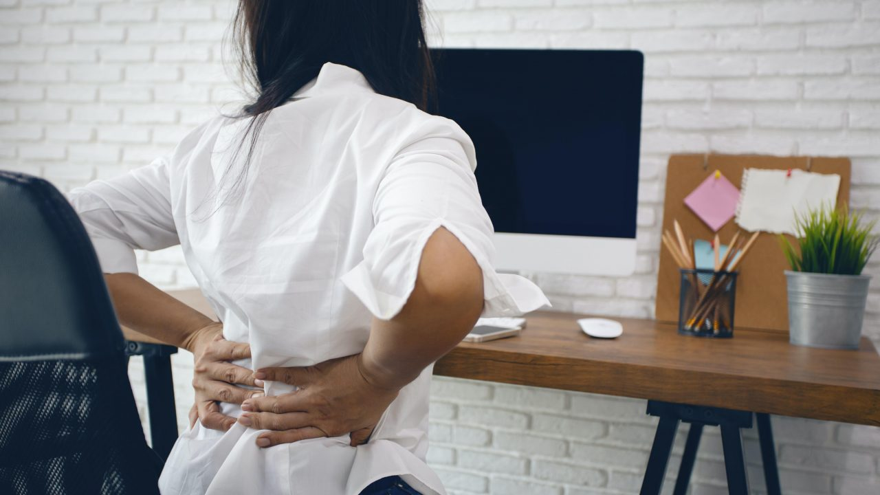 https://www.livehealthymag.com/wp-content/uploads/2021/03/neck-back-and-wrist-pain-1280x720.jpg