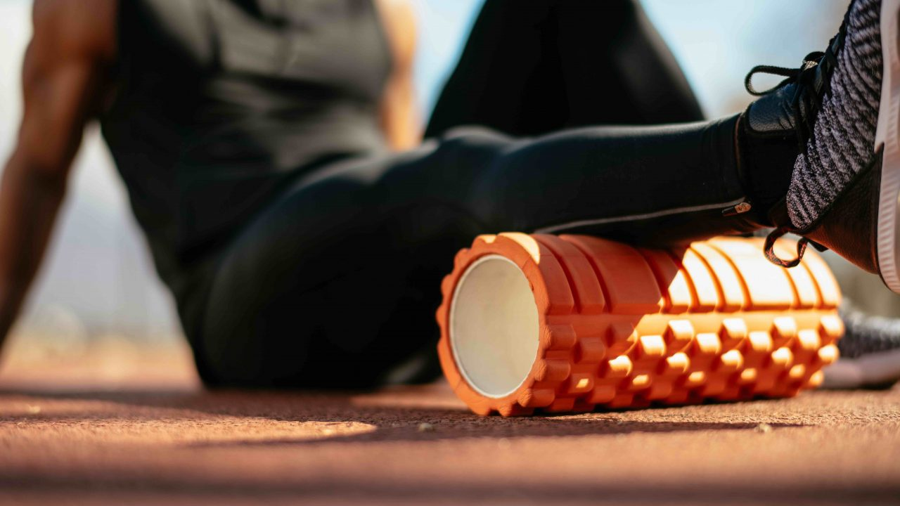 https://www.livehealthymag.com/wp-content/uploads/2021/03/sleep-advice-foam-rolling-1280x720.jpg
